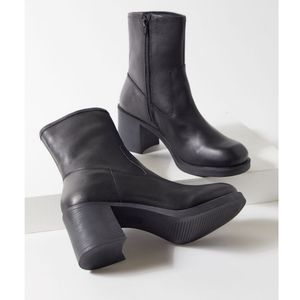 Chunky mid-calf boot